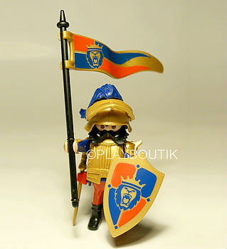 Playmobil chevalier du lion imperial - Chateau chevalier playmobil ...